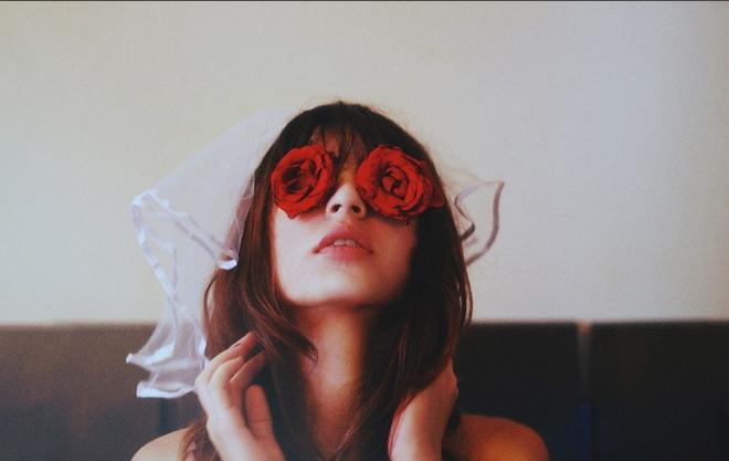 redflowereyes-2
